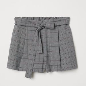 H&M Divided paper bag tie belt checkered shorts